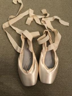 Bloch Heritage Pointe Shoes 5 xxx, New with ribbons & elasti