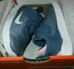 Nike Infant Toddler Girls shoes size 10c. Nike free Rn. Defu