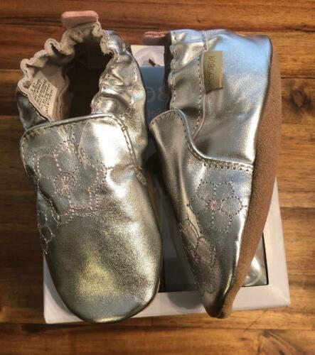 Robeez Infant and Silver Shoe 18-24